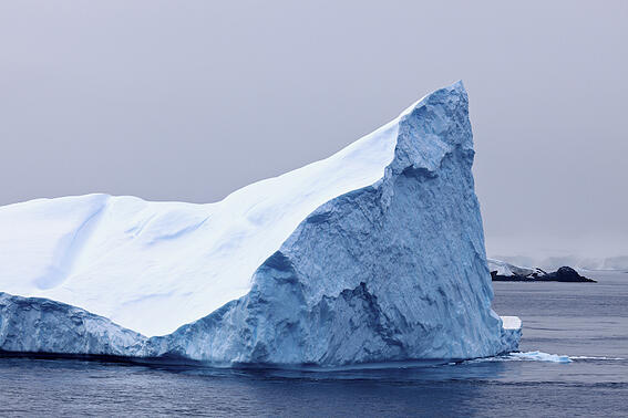 floating-iceberg-WT3GLVQ